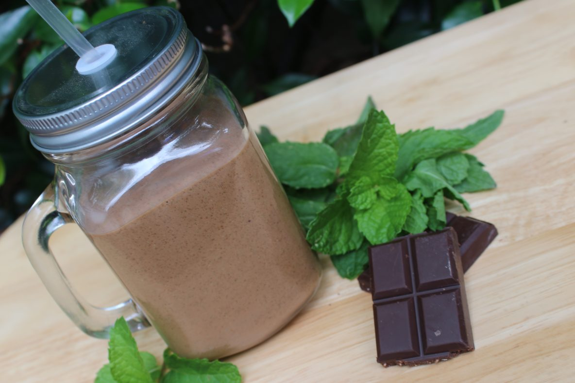 chocolate-mint-smoothie