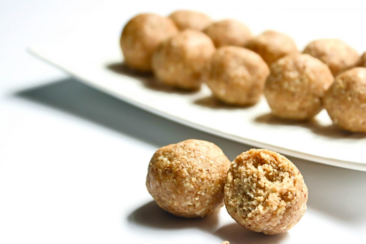 anzac-blissball-wholesome-heart-healthy-snack-idea